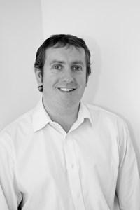 Gareth  Small